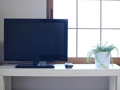 部屋の備品 テレビ