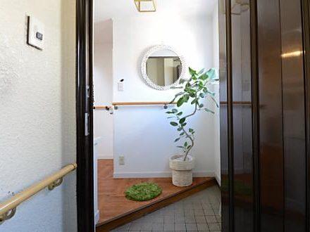 スマイルシェアハウス横浜の玄関スマイルシェアハウス横浜の玄関