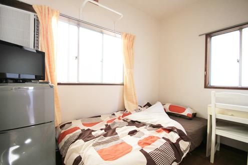 スマイルシェアハウス横浜ウェル204号室
